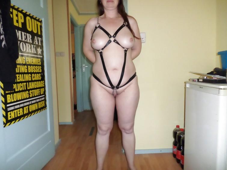 sexe femme soumise escort mantes
