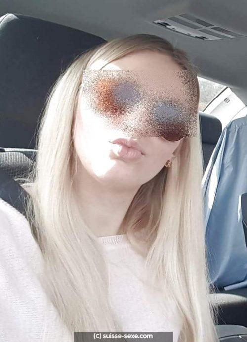 Belle blonde celibataire pour sexe a Dubendorf