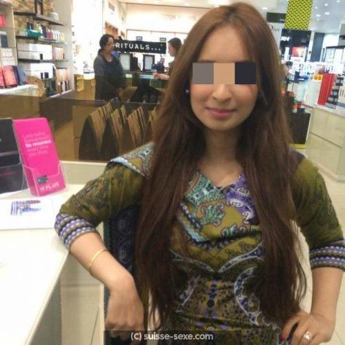 Fatima fille arabe de Meyrin cherche une rencontre coquine