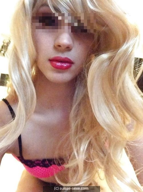Sexe sans tabou avec belle transexuelle de Zurich
